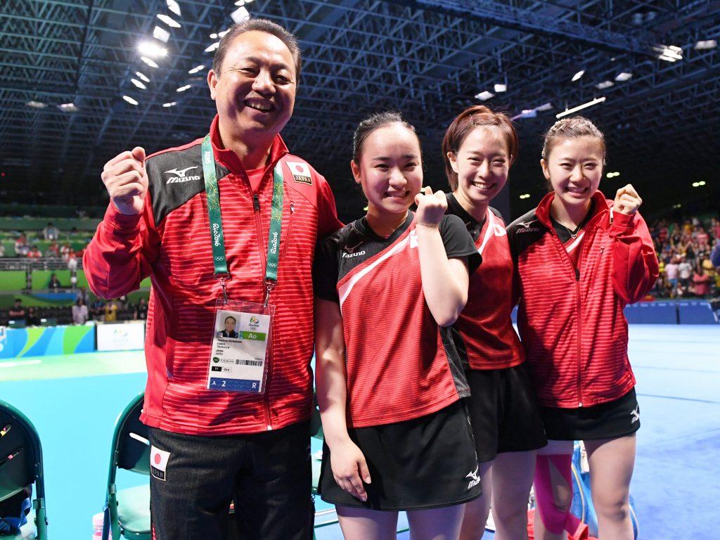 Japanese Women's Team following their Rio 2016 bronze medal match victory (Photo: Konno Noboru)