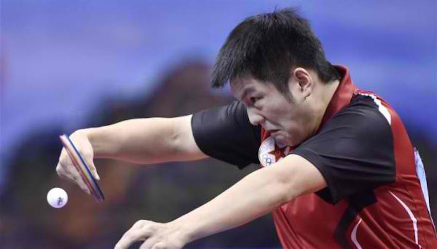 Fan Zhendong plays well in the 2016 Chinese National Championships Men's Singles. (Photo from Hinews)
